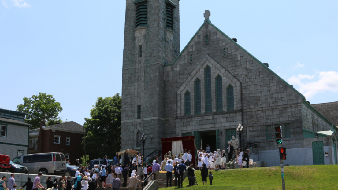 Église Sainte Jeanne d'Arc FSSPX Fête-Dieu 2019
