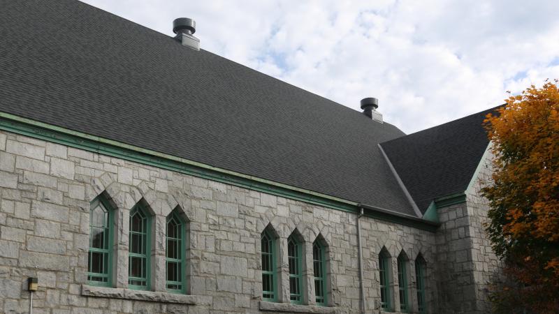 Réfection achevée de la toiture de l'église Sainte Jeanne d'Arc à Sherbrooke